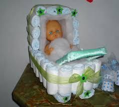 para decorar la mesa de regalos en un baby shower este hermoso