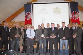 chambre de commerce aurillac la cci a remis des trophées à quatre entreprises méritantes