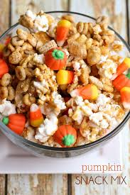 pumpkin candy corn pumpkin snack mix 1 jpg