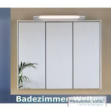 steckdosen badezimmer spiegelschrank bad mit beleuchtung und steckdose am besten büro
