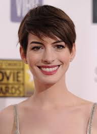short hairstyles with side swept bangs for women over 50 anne hathaway short hairstyle 2014 short haircut with side swept