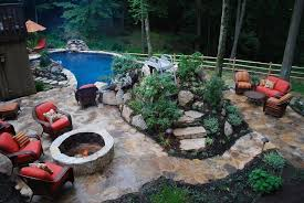 Backyard Landscape Design Ideas Triyae Com U003d Small Backyard Landscaping Ideas With Above Ground