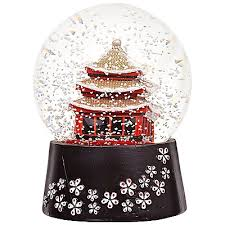 201 best snow globes images on water globes snow and