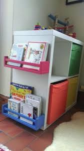 ikea regal kinderzimmer die besten 25 bücherregal kinderzimmer ideen auf