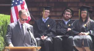 curriculum vitae template journalist beheaded youtube video david carr s 2014 ucb of journalism commencement