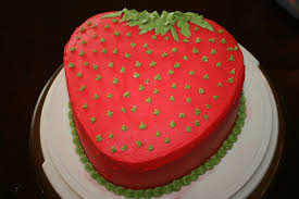 Strawberry Decorations Strawberry Cake Life With Three Boys And A Splash Of Purple