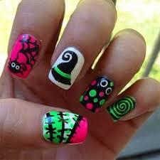 14 scarily easy halloween nail art ideas easy halloween nails