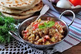 oignon blanc cuisine caviar d aubergine salade avec la tomate l oignon blanc l