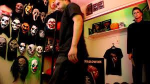 unboxing unbagging a new michael myers t shirt gildan youtube