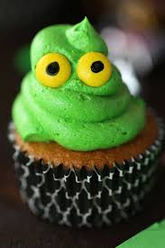 green ghost cupcakes with slime mom loves baking