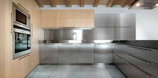 cuisine bois et inox cuisine inox et bois à cuisine bois et blanc moderne 25 idées d