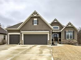 spring hill real estate spring hill ks homes for sale zillow