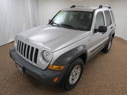 jeep maroon 2005 jeep liberty renegade city ohio north coast auto mall of bedford