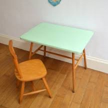 bureau vintage enfant petit bureau et chaise enfant ées 60