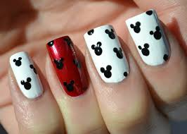 mickey and minnie mouse nail designs