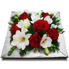 bouquet de fleurs roses blanches composition roses et fleurs composition amour u0026 vie en rose