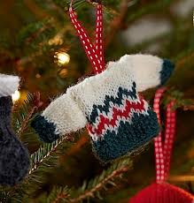 mini sweater christmas tree decoration a knitting pattern for a
