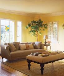What Curtains Go With Yellow Walls A Pale Butter Yellow And Cornflower Blue Living Room With Rich