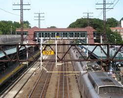Larchmont station