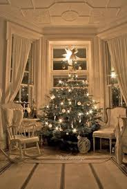 30 exquisitely stunning victorian christmas decorating ideas