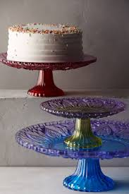 Halloween Cake Plate Stand by 20 Gorgeous Cake Stands To Buy Or Diy
