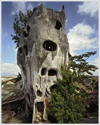 35 extremely bizarre looking houses around the world