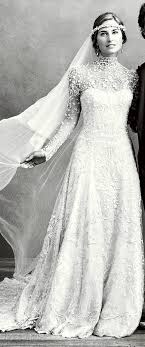 bush wedding dress bush s wedding dress is so stunning i might die of gorgeous