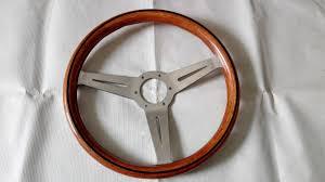 volante tipo volante clasico tipo nardi acabado madera y aluminio regal