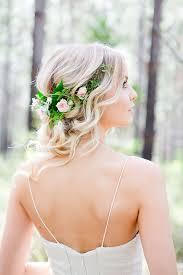 wedding flowers hair 20 gorgeous wedding hairstyles with flowers gurmanizer