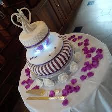 wedding cakes victoria sponge