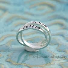 personalized rings for mothers interlocking rings personalized rings mothers ring
