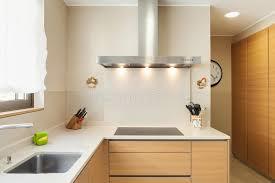 meuble cuisine moderne appartement meublé cuisine moderne photo stock image du