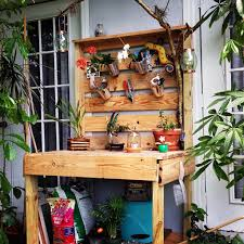 diy pallet work table the 9 best images about around the house on pinterest flower