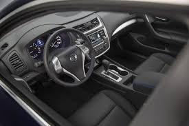 2007 Altima Interior 2017 Honda Accord Vs 2017 Nissan Altima Compare Cars