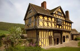 British Houses Eight Top British Houses And Homes Gatehouse To Stokesay Castle