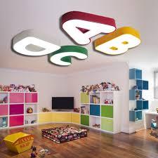 luminaire chambre gar n alphabet le plafond le chambre des enfants chambre à