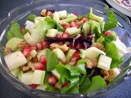 insalata di sedano e mele insalata vegana con frutta verdure funghi