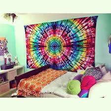 Bedding Like Urban Outfitters Bedrooms Using Colorful Tie Dye Bedding For Pretty Bedroom