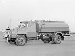 white nissan truck nissan 680 1 nissan ud classic japan truck 50 u0027s 70 u0027s