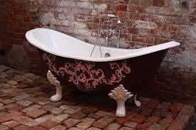 Claw Feet For Tub Bathroom Classic Claw Foot Bathtub With Chrome Faucet On Brick