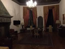 chambres d hotes 16eme la chambre présidentiel de bec sa fontaine du 16eme siècle photo