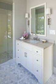 White Vanities Bathroom Best 25 White Vanity Bathroom Ideas On Pinterest White Bathroom