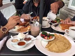 cuisine entre amis et bonne tablée picture of le cafe entre amis montebello