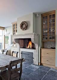 kitchen fireplace ideas best 25 kitchen fireplaces ideas on kitchen tiles