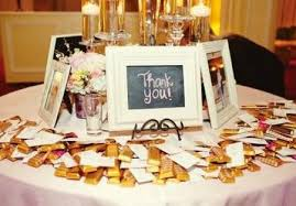 table picture display ideas 10 great wedding favor display ideas lots of love susan