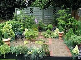 small courtyard gardens ideas small courtyard garden designs ideas