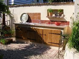 outdoor k che mauern neueste wohngestaltung ehrfürchtiges luxus outdoor kuche mit