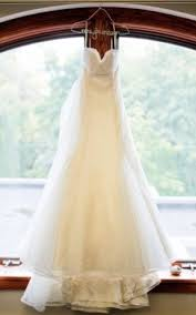 pre owned wedding dresses benefits of used wedding dresses