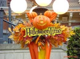 magical days with the mouse halloween time at disneyland plus a