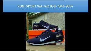 Nike Asli distributor sepatu nike asli made in mana yogyakarta wa 62 858 7941